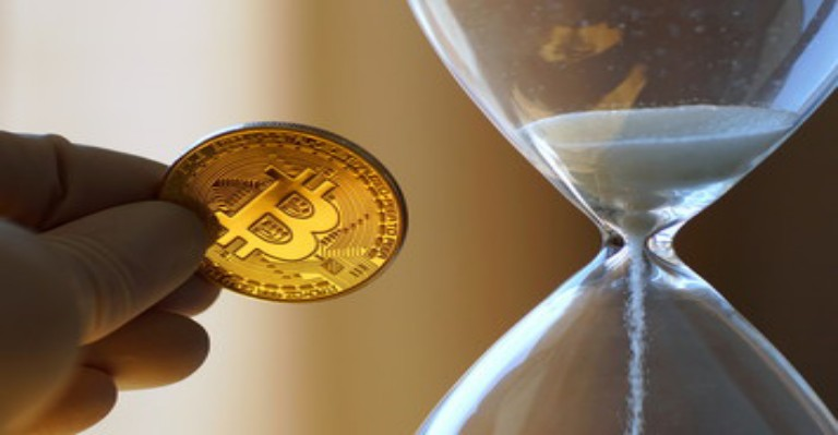 Bitcoin Investors Are Holding Bitcoin Ahead Of Halving, Study Suggest