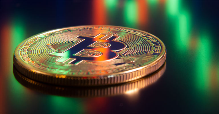 Bitcoin and Ethereum slightly fall back